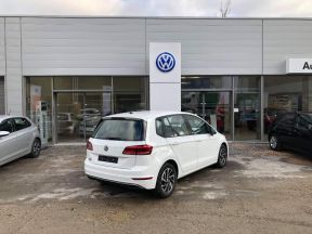 Photo n°3 de l'annonce de VOLKSWAGEN Golf Sportsvan 1.5 TSI EVO 130ch BlueMotion Technology Connect occasion de couleur Blanc à vendre à Figeac