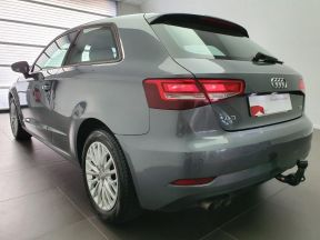 Photo n°2 de l'annonce de AUDI A3 2.0 TDI 150ch FAP Business line S tronic 6 occasion de couleur GRIS MOUSSON METALIS à vendre à Rodez