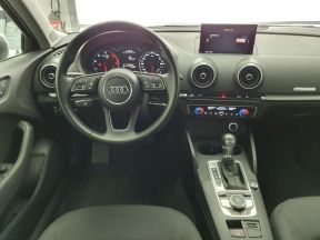 Photo n°21 de l'annonce de AUDI A3 2.0 TDI 150ch FAP Business line S tronic 6 occasion de couleur GRIS MOUSSON METALIS à vendre à Rodez