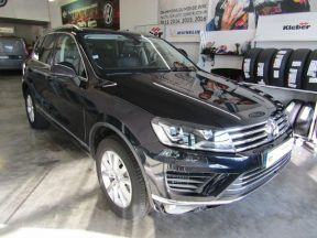 Photo n°4 de l'annonce de VOLKSWAGEN Touareg 3.0 V6 TDI 204ch BlueMotion Technology Carat 4Motion Tiptronic occasion de couleur BLEU MOONLIGHT à vendre à Millau