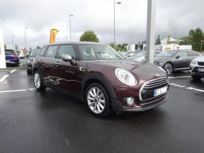 Photo n°1 de l'annonce de MINI Clubman Cooper 136ch Red Hot Chili occasion de couleur NOIR à vendre à Albi